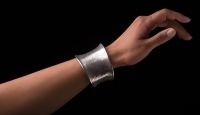 Flaxsheave-Silver-Bangle-Gallery-2